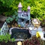 Miniature garden ideas on outdoor container for kids