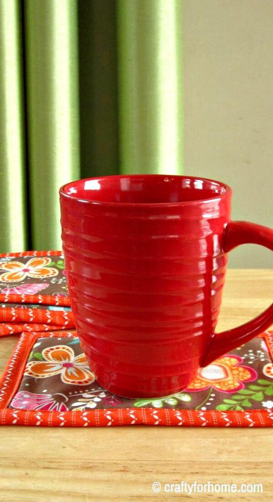 Easy Binding Mug Rug | Crafty For Home