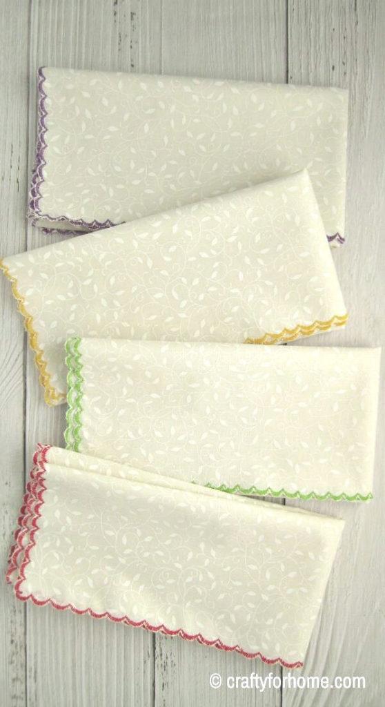 Cloth Napkins With Scalloped Hem