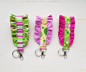 Easy Ruffled Fabric Key Fob Tutorial
